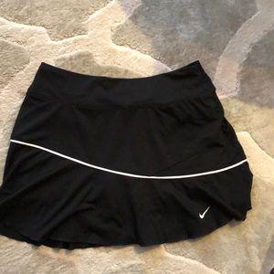 Like new Nike Dri-Fit Tennis skirt size S